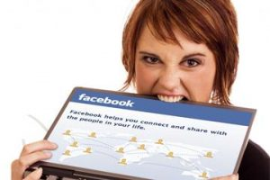 The Effect of Facebook on your Mind and body [Infographic]