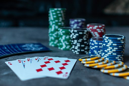 Online Poker: 5 Misconceptions That Need Debunking